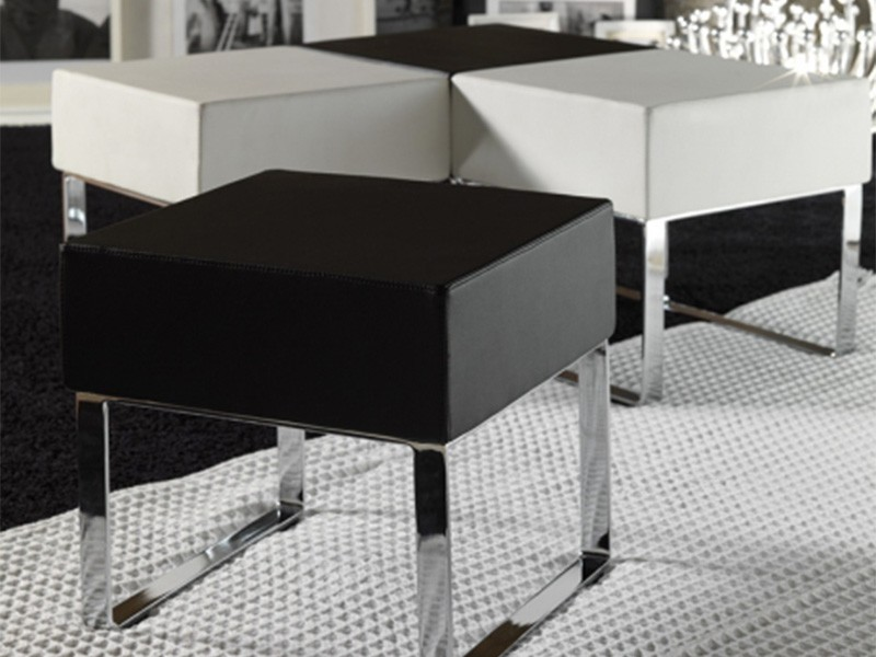 Salotto Moderno Bianco E Nero : Pouf da salotto moderno bianco e nero arredamento mobili arredissima