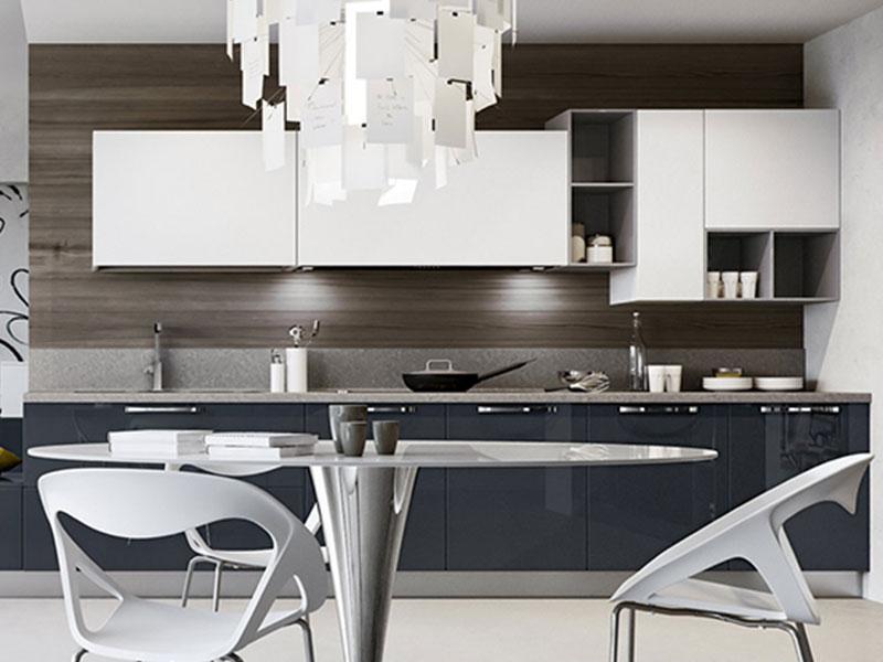 Cucina lineare moderna con soggiorno, Arredo | Arredamento Mobili ...
