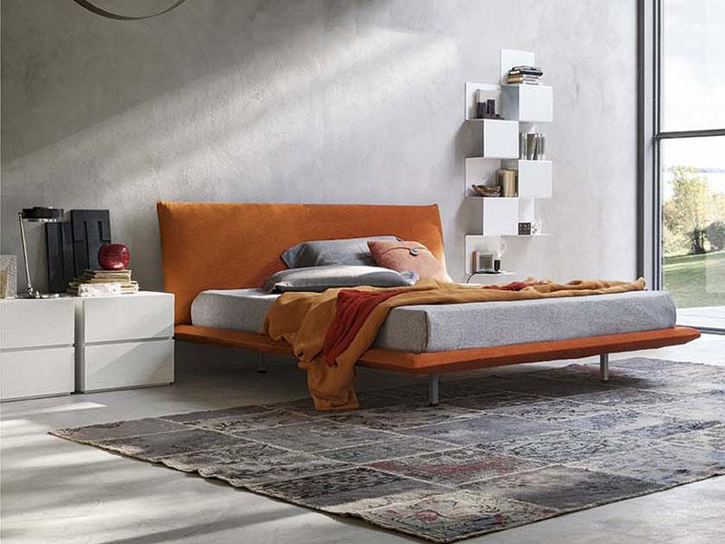 Letto matrimoniale design for Camera da letto usata mantova