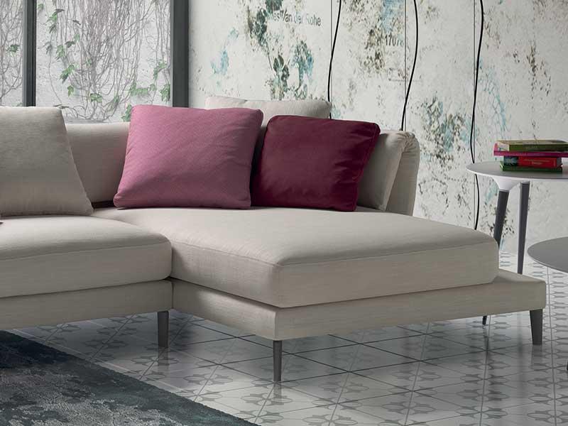 Divano con penisola bianco for Arredissima prezzi divani