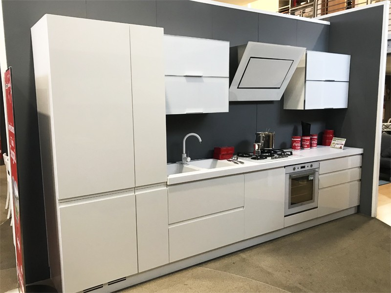 Cucina lineare lunghezza 390 cm - Lunghezza cucina ...