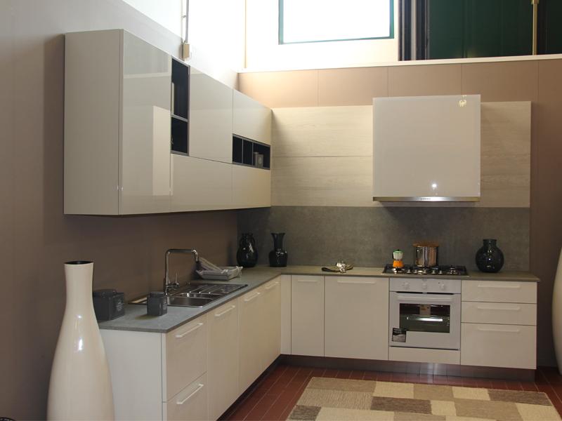 Cucina ad angolo | Arredamento Mobili ArredissimA