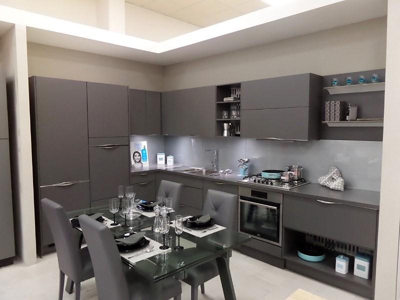 Cucina moderna grigia 02 | Arredamento Mobili ArredissimA