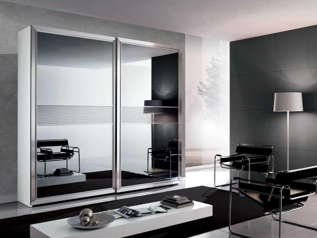 Armadio scorrevole con specchio