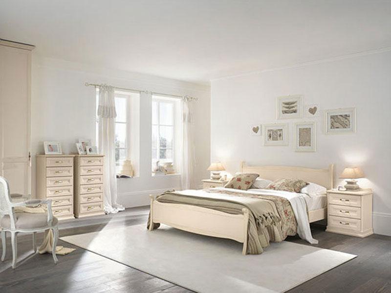 Camera matrimoniale classica arredamento mobili arredissima for Decorare camera da letto matrimoniale