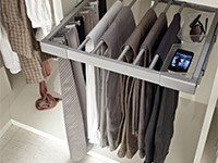 Porta Pantaloni Cabina Armadio : Cabina armadio camera da letto spaziosa arredissima