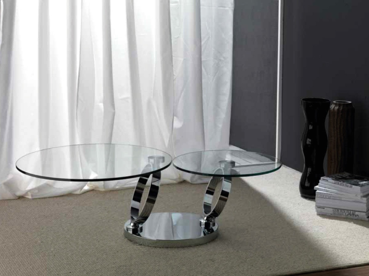 Tavolo con piani in vetro for Complementi arredo salotto